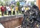 Mohon Warga Jangan Buang Sampah Dalam Parit & Sungai Lagi