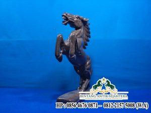 Gambar Patung Kuda Marmer