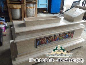 Makam Marmer Kristen, Model Kuburan Kristen Perjamuan