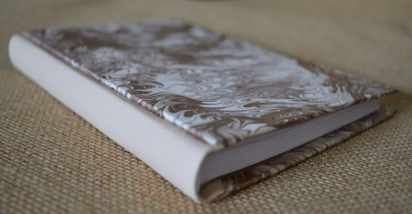 Carnet artisanal or & blanc A6 ©sentulia (4)