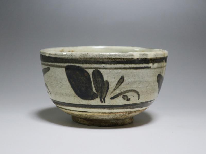 仙遊洞 磁州窯 鉄絵 草文 茶碗