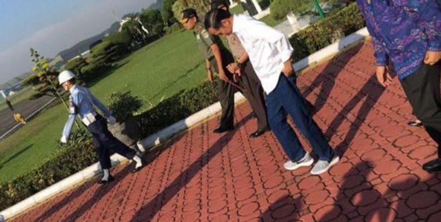 Style Jokowi Blusukan Kembali Booming