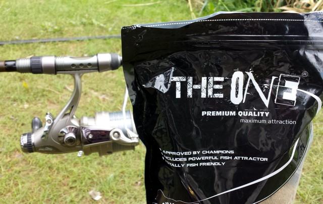 A The One etetőanyag borítója