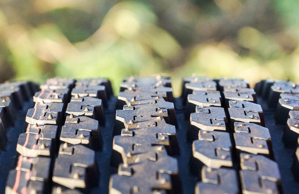 Comment vérifier l'état des pneus de voiture ?