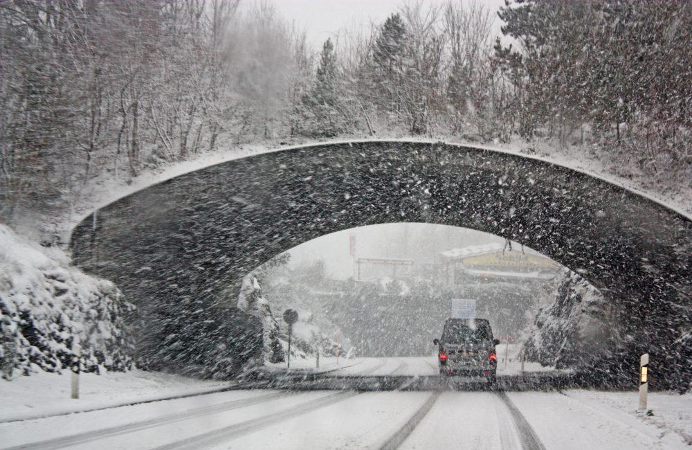 Phares de neige : les feux pour conduire sous la neige