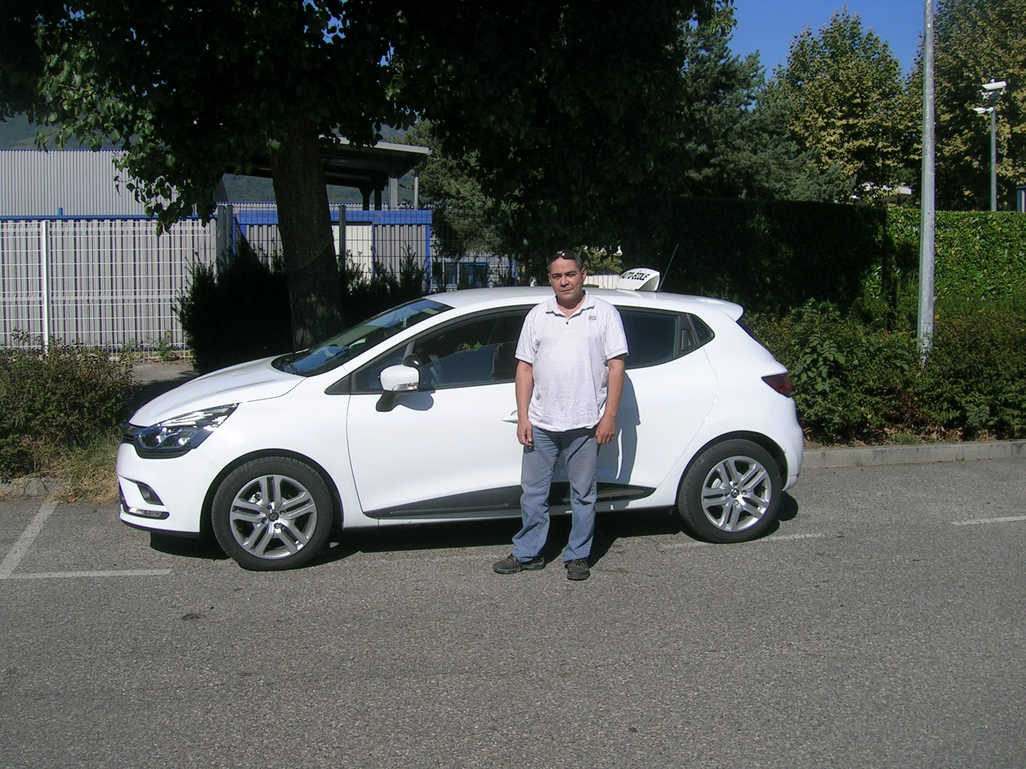 Entrevue avec Ahmed, enseignant de la conduite à Grenoble