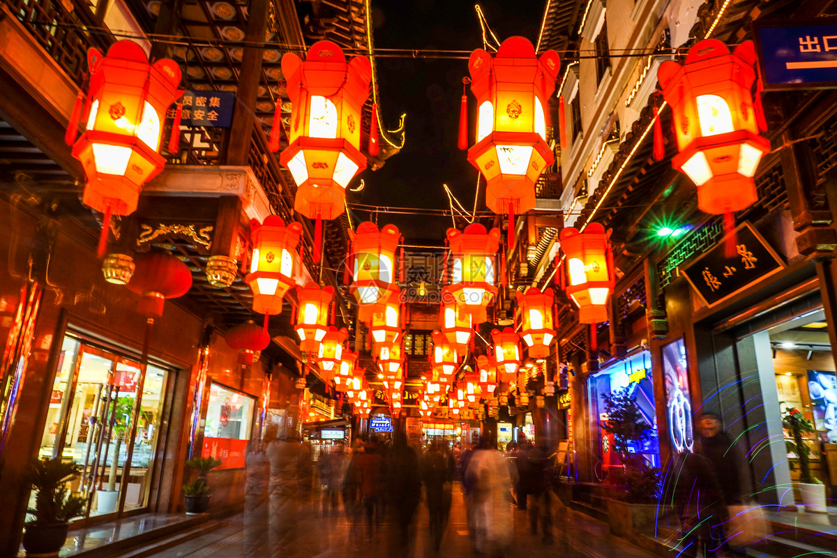 春節的上海城隍廟廟會張燈結彩高清圖片下載-正版圖片500820630-攝圖網