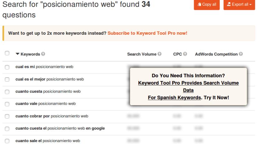 Keywordtool sirve para buscar por preguntas como palabras clave.