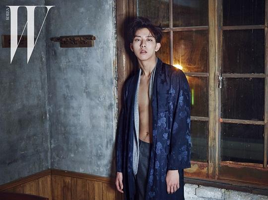 20151010_seoulbeats_cnblue_lee jungshin