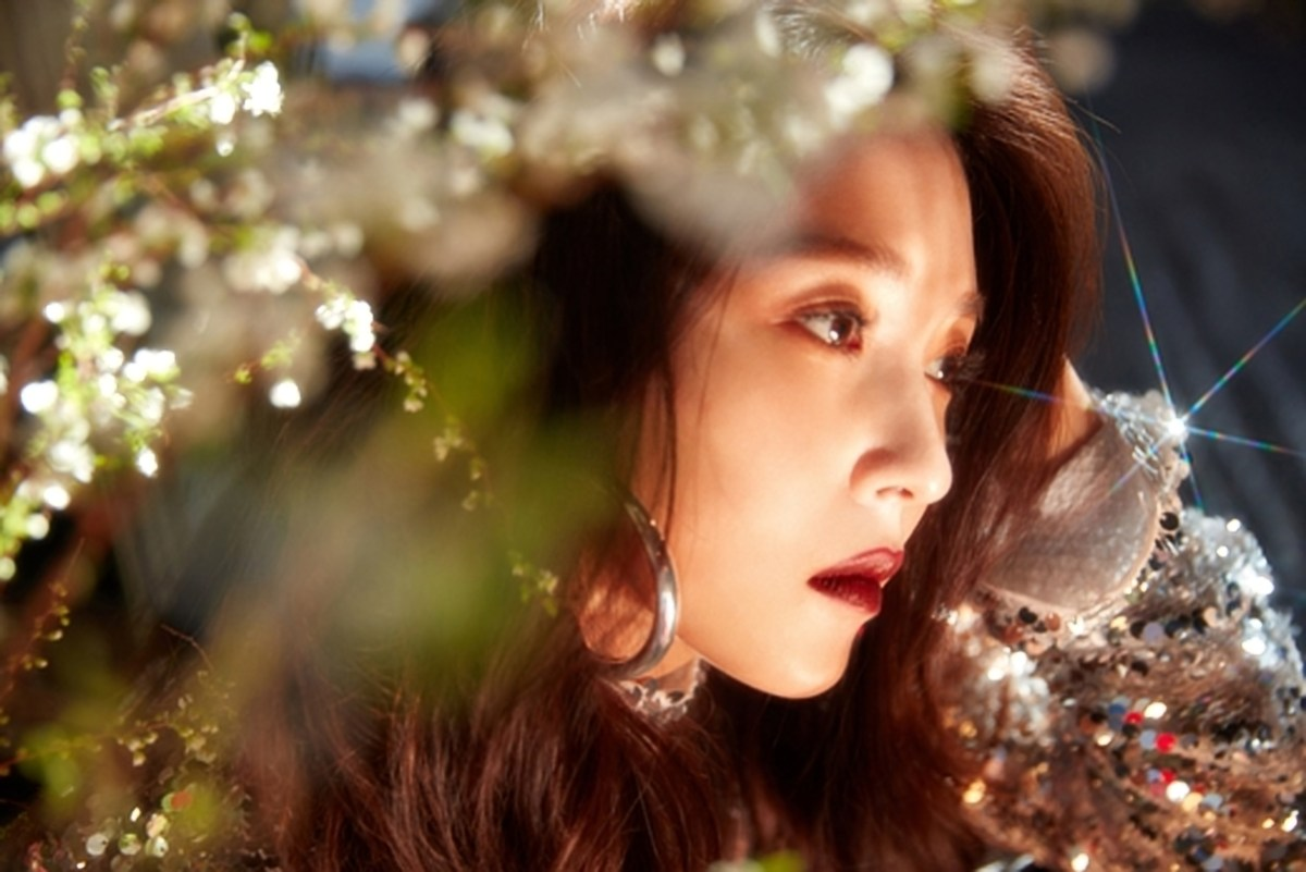 "BoA Hits the Target with ""One Shot Two Shot"""