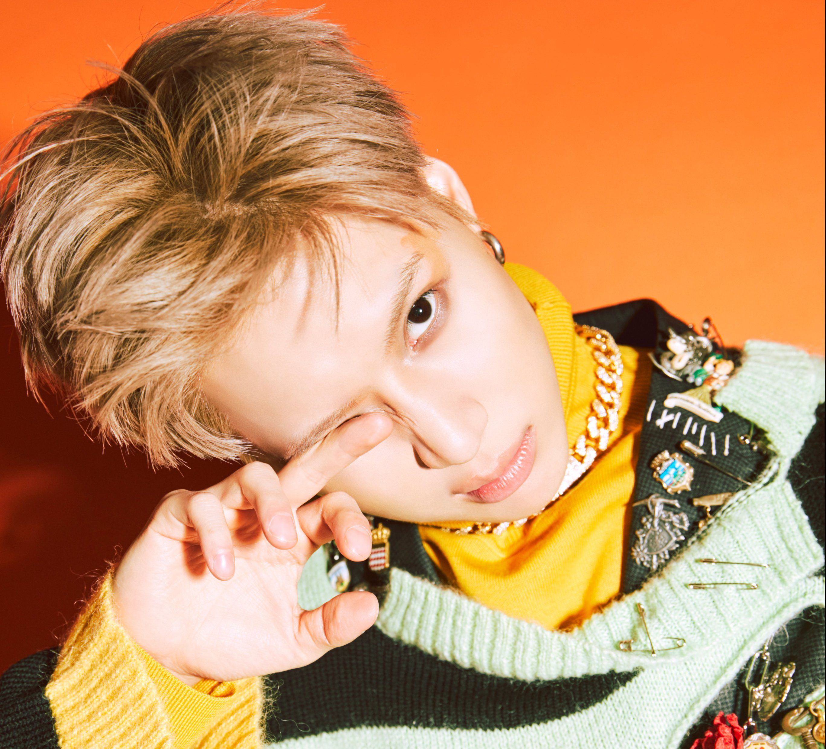 """Taemin Takes Over Hearts And Charts With His Thrilling Track """"2 Kids"""""""