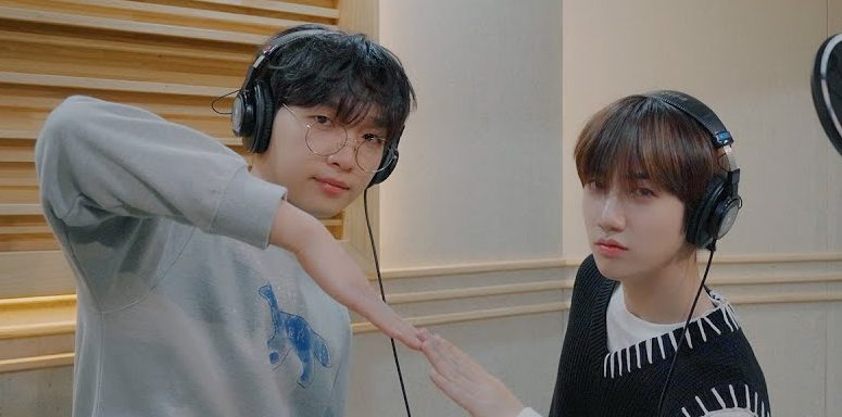 """Cover Star : Jeong Sewoon & CRAVITY's Wonjin Serenade With Their Sweet Cover Of MONSTA X's """"Someone's Someone"""""""