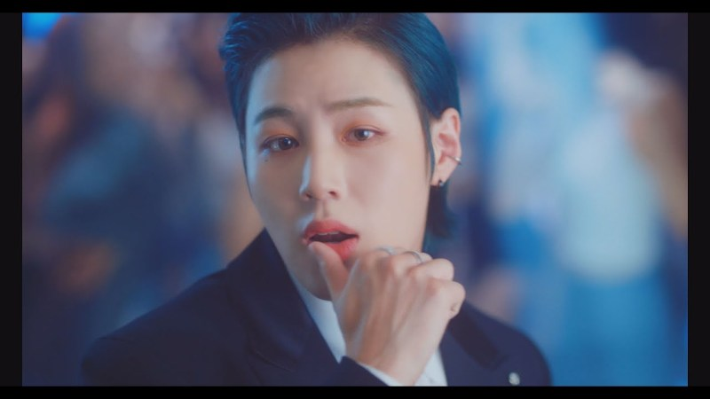 """Ha Sung Woon Is Beyond Adorable In """"Strawberry Gum"""" MV"""