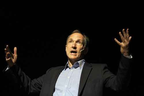 tim berners lee se lanza a crear un internet descentralizado
