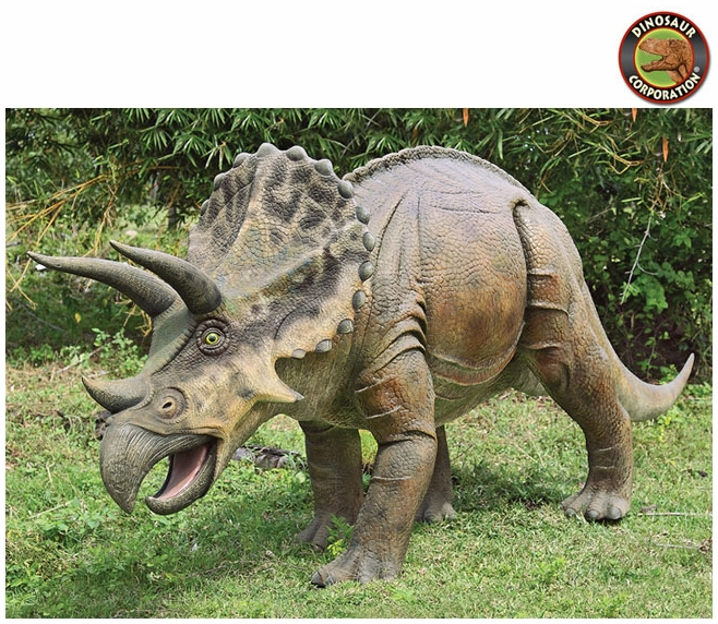 giant triceratops scaled dinosaur