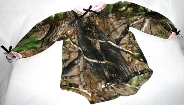 Realtree Apg Camo & Pink Baby Infant Clothes