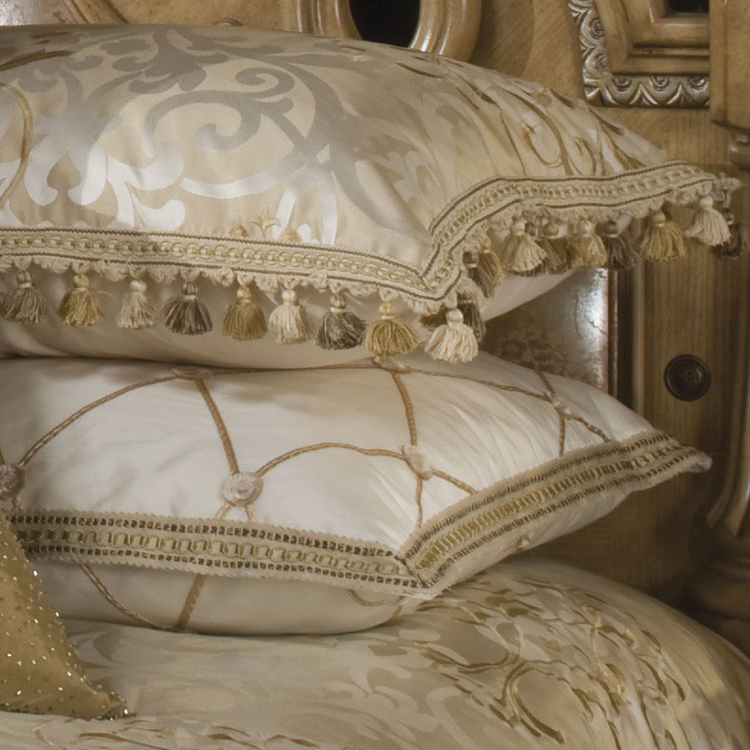 Luxembourg Luxury Bedding Set Michael Amini Bedding