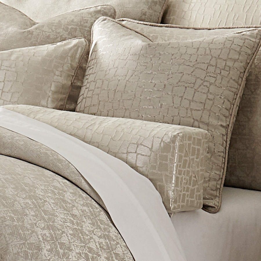 Michael Amini Carlyle Bedding King  Queen Luxury