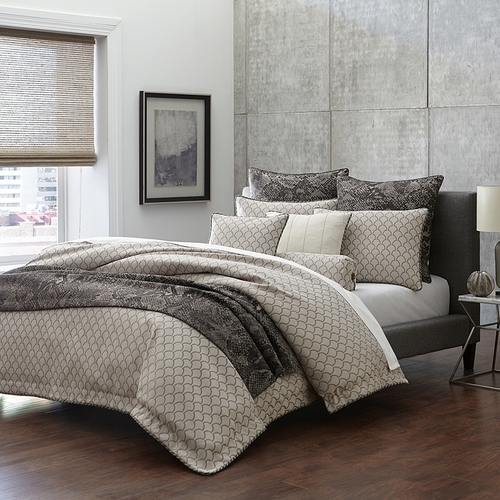 Michael Amini Paragon Bedding King and Queen size Luxury