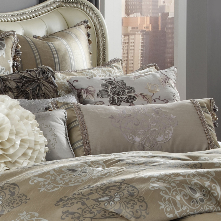 Solitaire Michael Amini Luxury Bedding Set Closeout Sale
