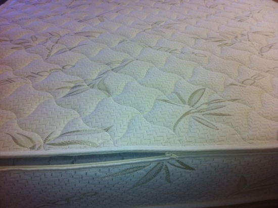 Twin Bamboo Wool Zippered Mattress Cover