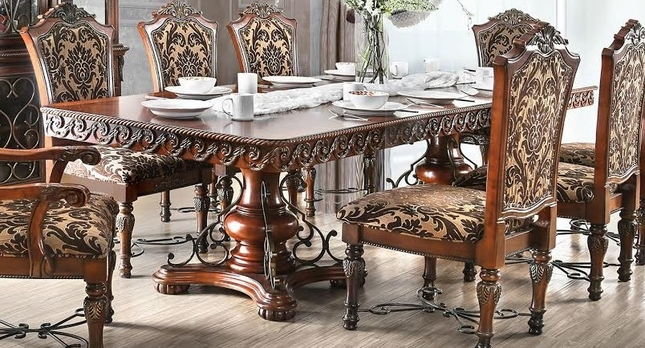 Rimini Traditional Formal Dining Table w Ornate Carvings