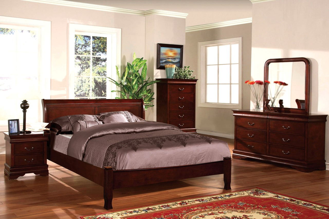 Saint Anne Traditional Cherry Sleigh Bedroom Set with