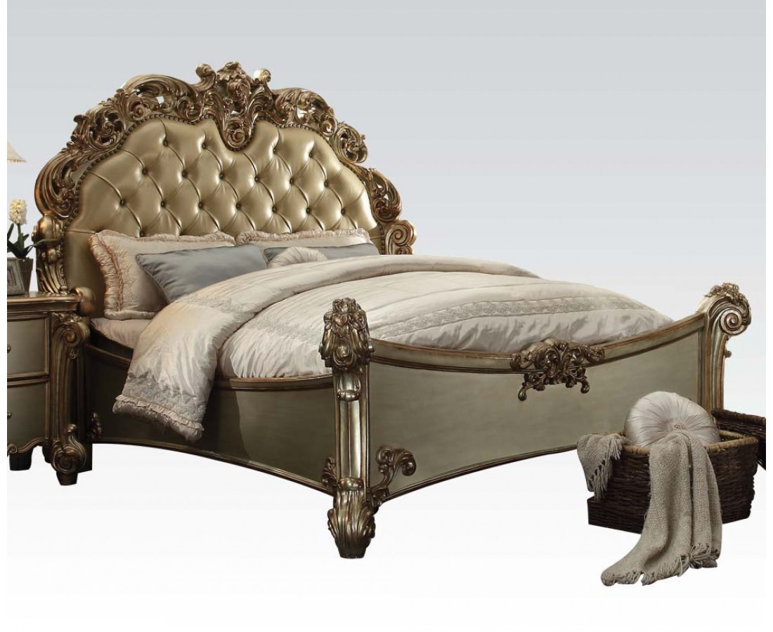 Vendome 4pc Button Tufted California King Bedroom Set in