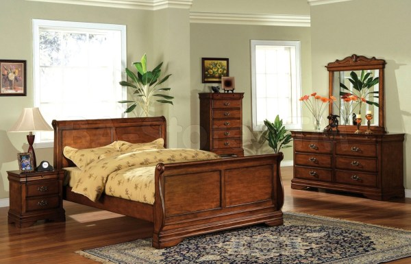 oak sleigh bedroom sets Venice Dark Oak Sleigh Bedroom Set with Felt-lined Top Drawers CM7650DK