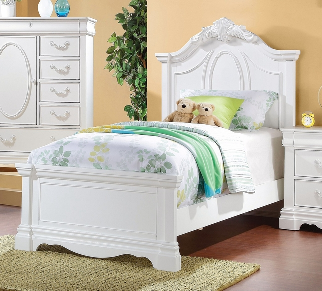 Yuna Kids Classic Girl S Twin Panel Bed W Carved Accents In White Finish