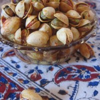 lemon saffron roasted pistachios