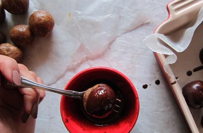 paleo peanut butter truffles