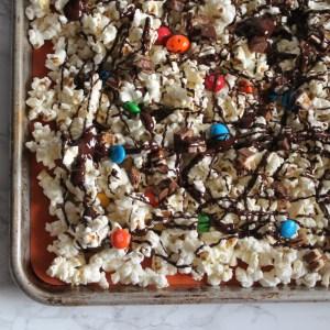 monster munch - halloween candy popcorn