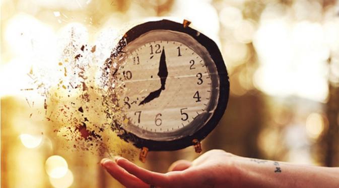 30 Kata Kata Menghargai Waktu yang tak Bisa Diulangi