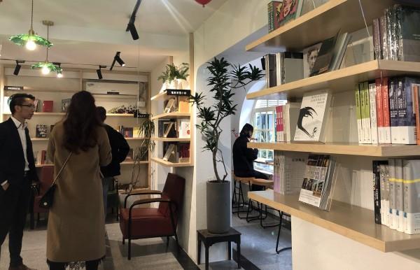 让电影可阅读:上海新推电影主题书店