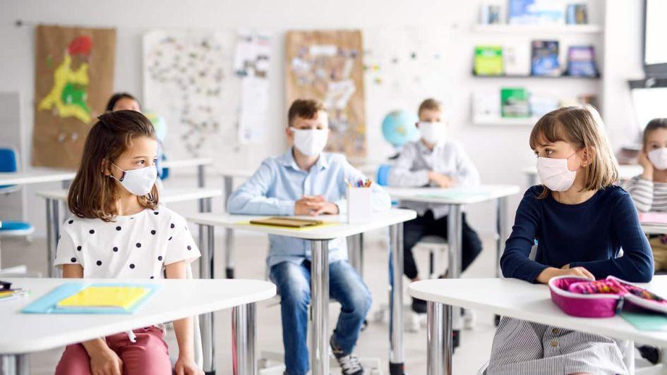 Port du masque au primaire: près de 2700 parents entament une «grève» de trois  jours | TVA Nouvelles