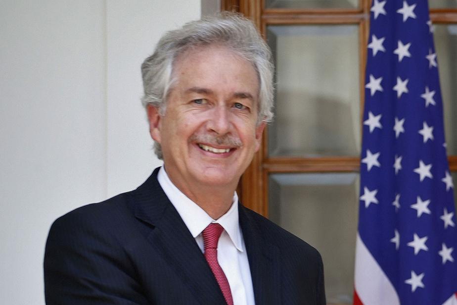 Joe Biden nomme l'ex-diplomate William Burns à la tête de la CIA   La Presse