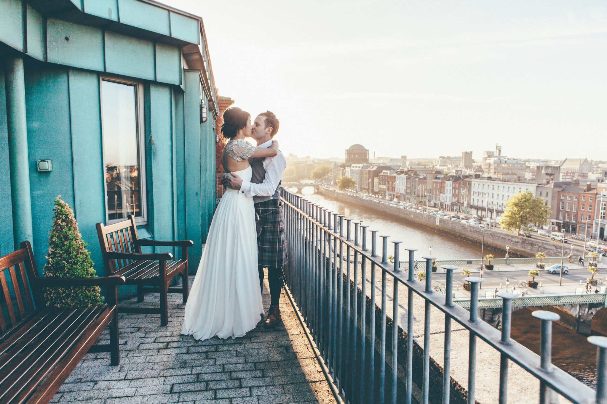 J + D | Clarence hotel wedding photographer September Pictures