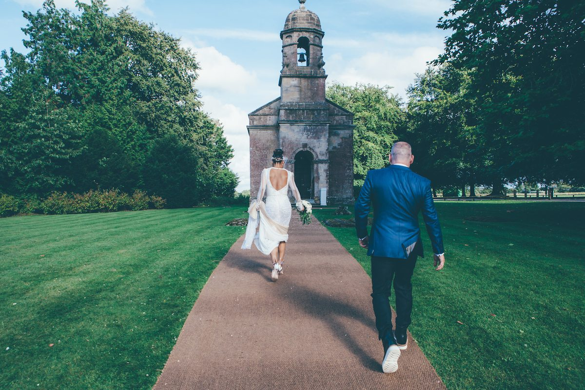 Why should we hire a wedding photographer? September Pictures