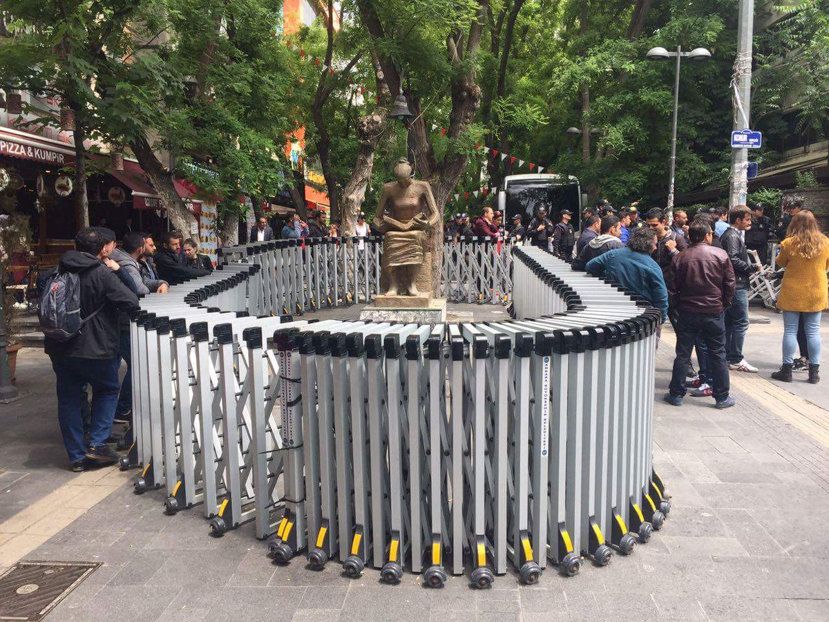 Ankara-pametnik na choveskite prava-arestuvan