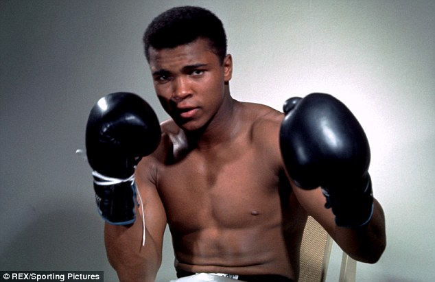 Mohammed Ali At The Ring-side, 1985 -Poem By Wole Soyinka