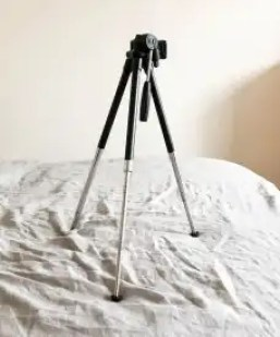 tripod-how-to-take-quality-instagram-photos