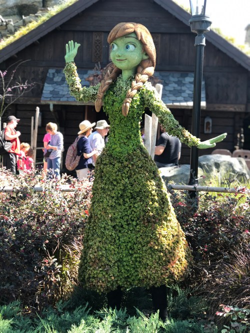 Anna Topiary Disney's Flower and Garden Festival Epcot