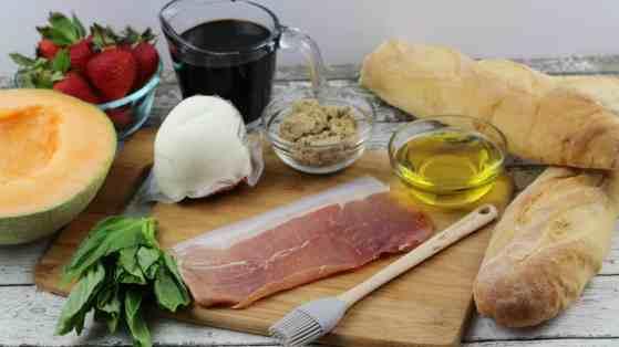 Cantaloupe Prosciutto Bruschetta Ingredients