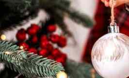 10 Ways to Get in the Holiday Spirit