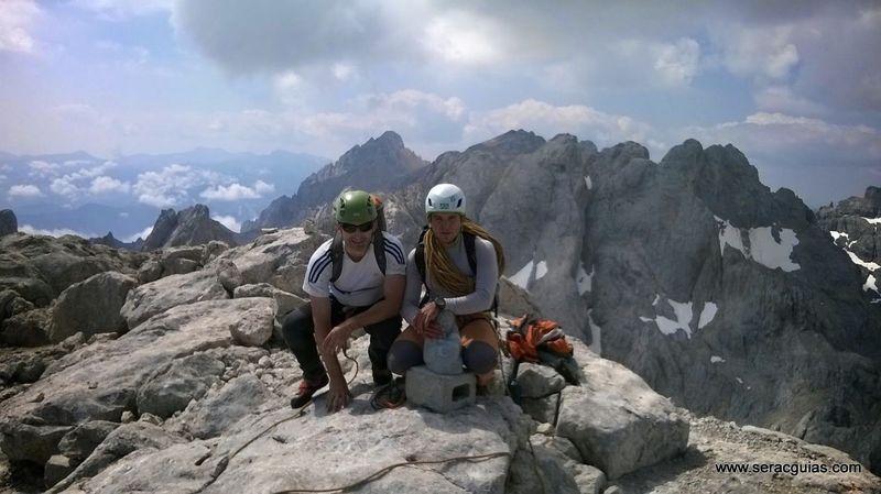 cumbre 1 Naranjo Picos de Europa SERAC COMPAÑÍA DE GUÍAS