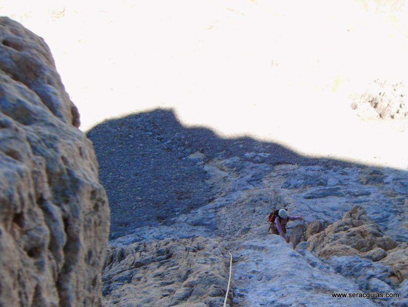 Espolon Rojizo Santa Ana Picos de Europa 2 SERAC COMPAÑÍA DE GUÍAS