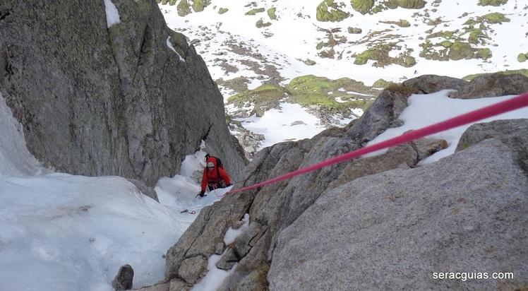 Curso Avanzado Alpinismo SERAC COMPAÑÍA DE GUÍAS