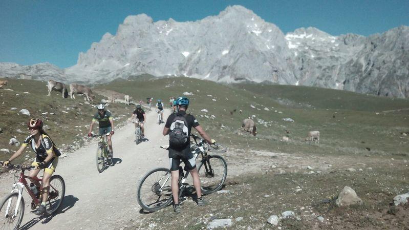bici Dvuje Picos de Europa 2 SERAC COMPAÑÍA DE GUÍAS