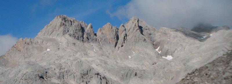 Cresta Madejuno Tiro Llago Picos de Europa SERAC COMPAÑÍA DE GUÍAS